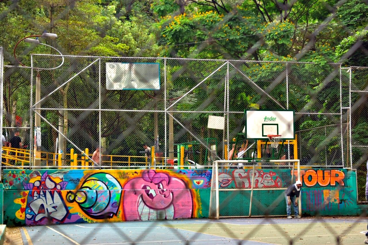 Basketball court Poblado